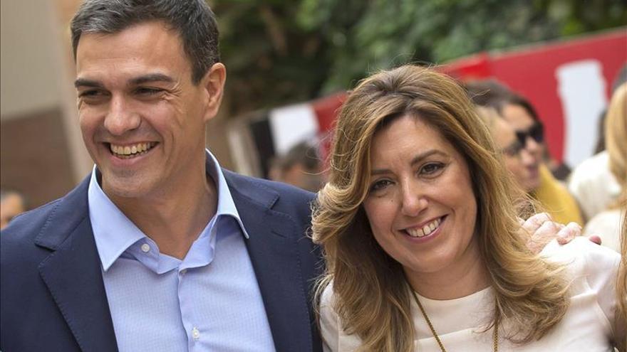 """Sánchez señala que Rajoy va a comparecer por la corrupción """"tarde, mal y a rastras"""""""