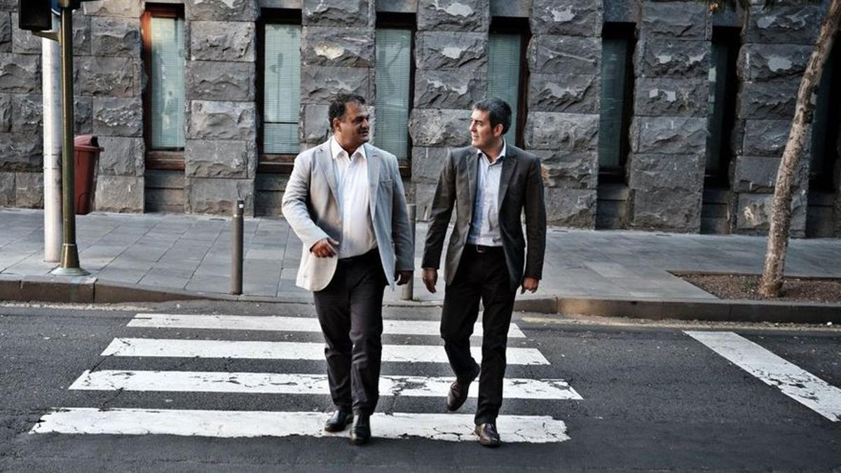 El exalcalde de La Laguna José Alberto Díaz (CC) y el expresidente del Gobierno de Canarias Fernando Clavijo, en una imagen de archivo