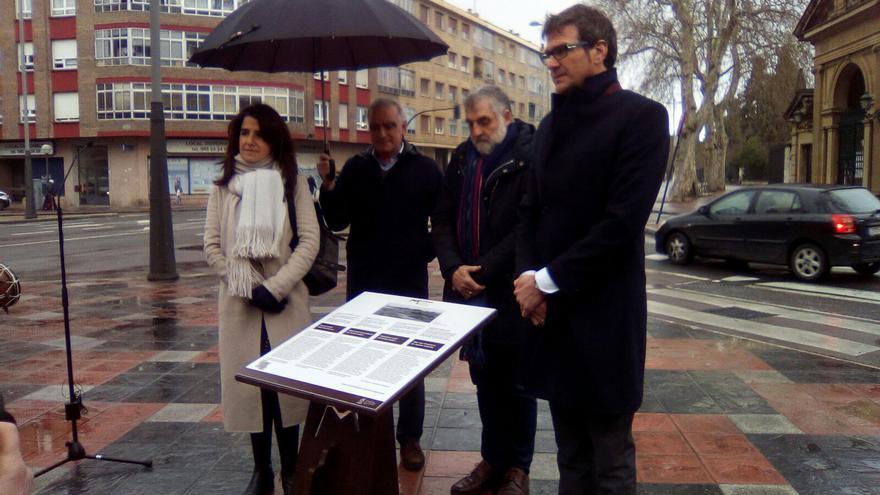 Aintzane Ezenarro, Enrique Ullibarriarana, Peio López de Munain y el alcalde Gorka Urtaran
