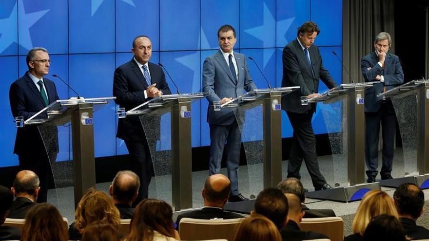 La UE y Turquía abren un nuevo capítulo en las negociaciones de adhesión