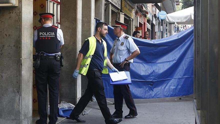 Detenido el herido en la pelea con dos muertos en un piso de Santa Coloma