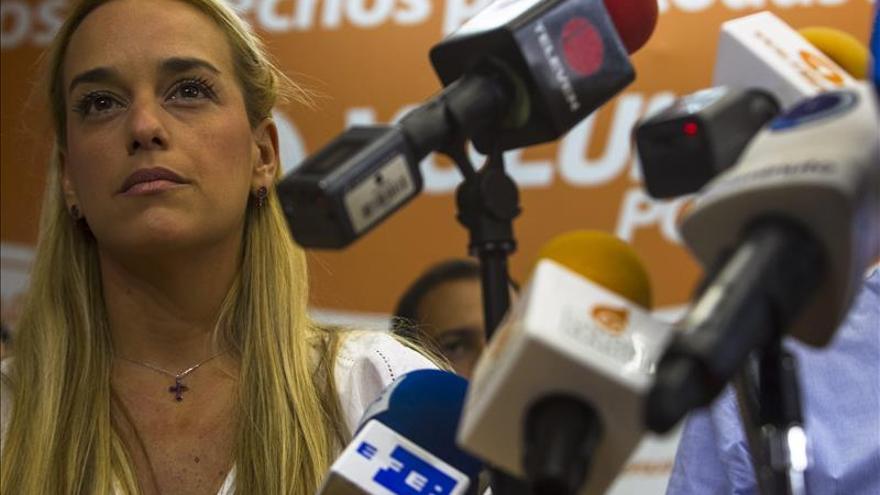 Lilian Tintori dice que Pablo Iglesias debe pedir la puesta en libertad de su esposo