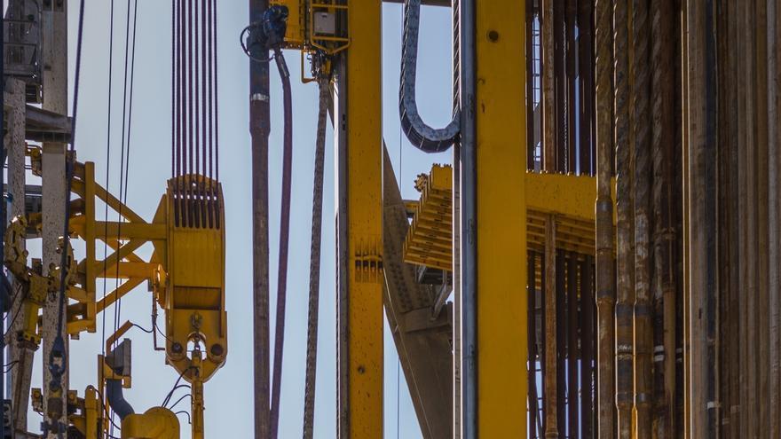 Los propietarios de terrenos en un radio de 1,5 kilómetros de un pozo de petróleo se llevarán el 1%