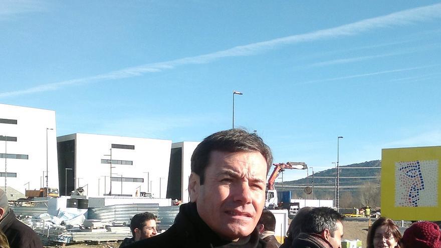 """Gómez anuncia que """"mañana con toda probabilidad"""" se presenta el recurso del euro por receta ante el TC"""