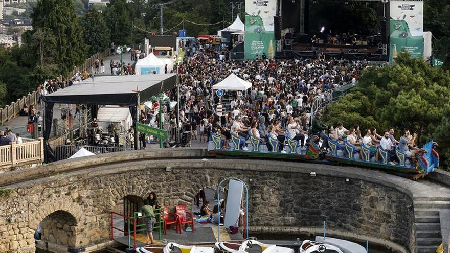 La gran fiesta de la música independiente resuena en el Parque de Igeldo