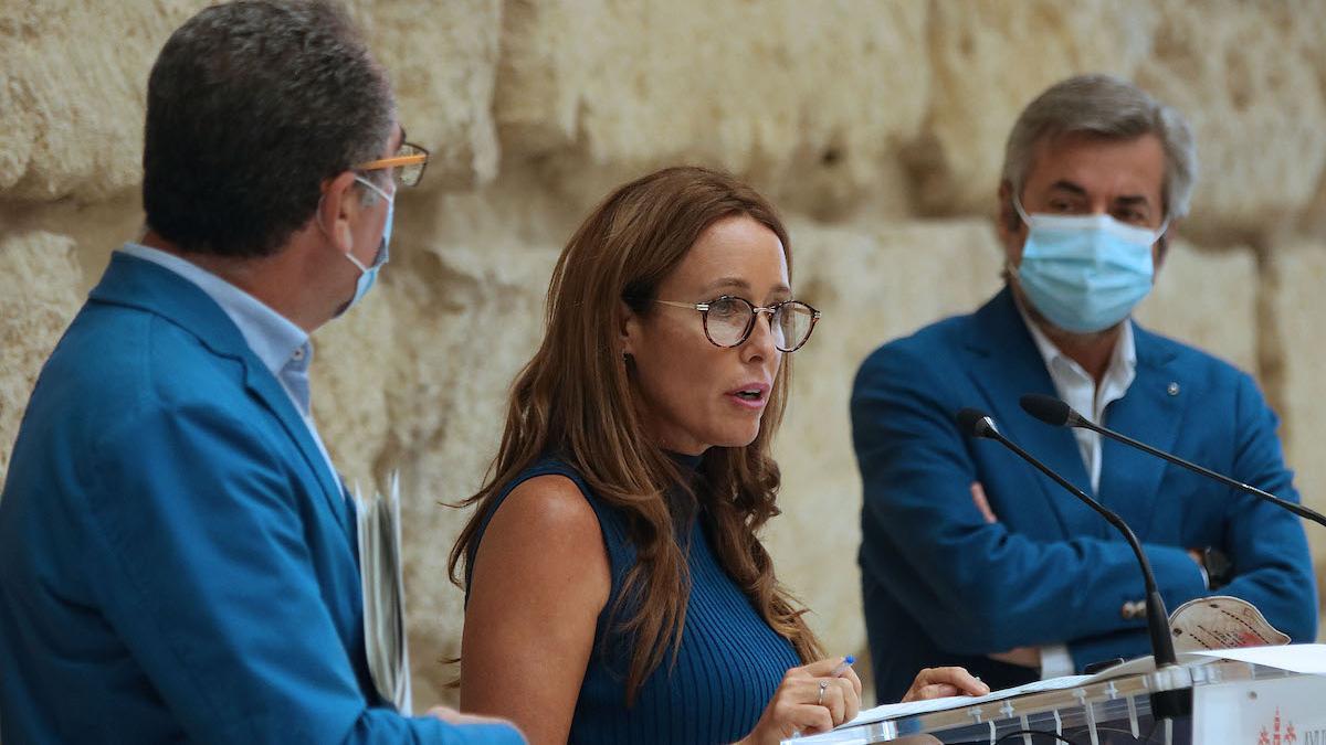 Marián Aguilar presentando los acuerdos de la Junta de Gobierno Local