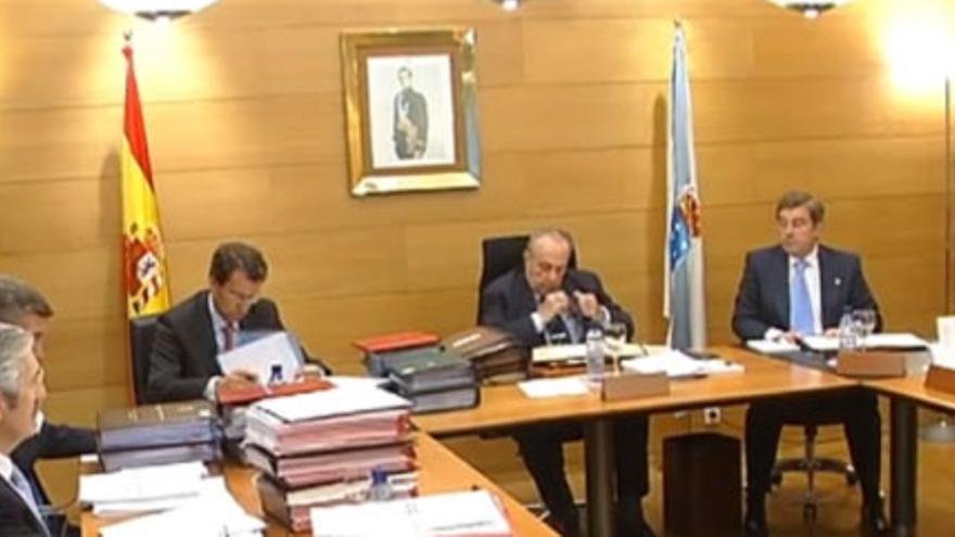 Consello da Xunta presidido por Fraga, con Feijóo como vicepresidente