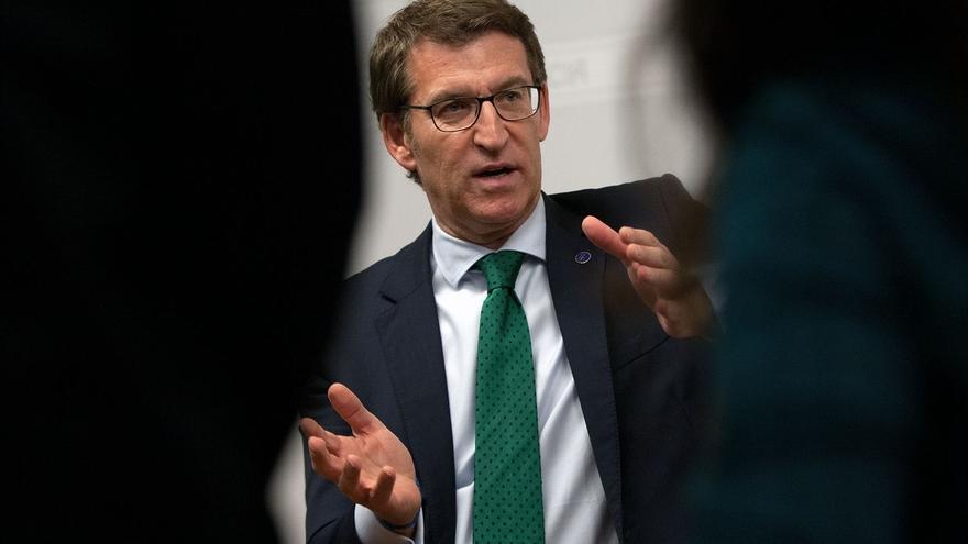 """Feijóo desconoce """"malestar"""" interno con Rajoy y dice que le """"respaldará"""" si vuelve a optar a liderar el PP"""
