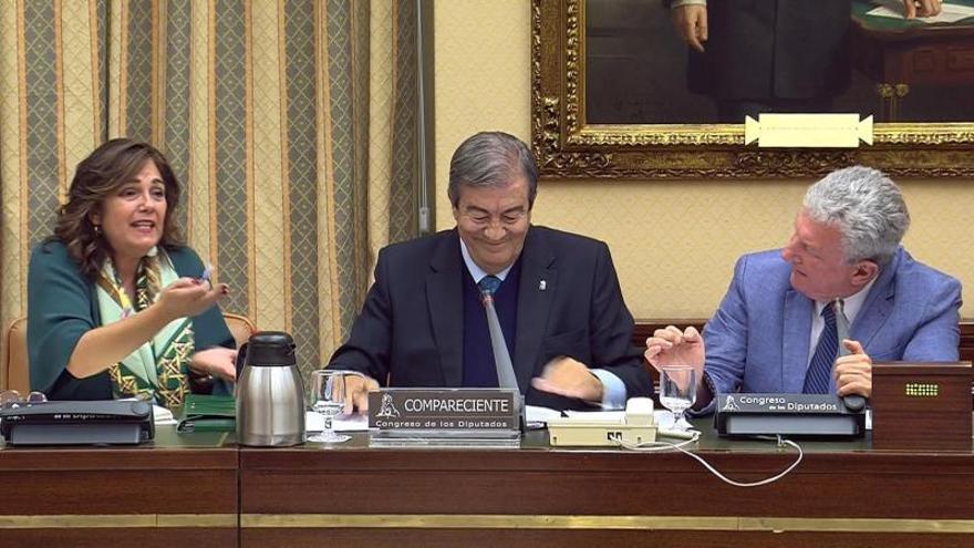 """Una diputada del PP abandona una comisión después de que Rufián le """"guiñara un ojo"""""""
