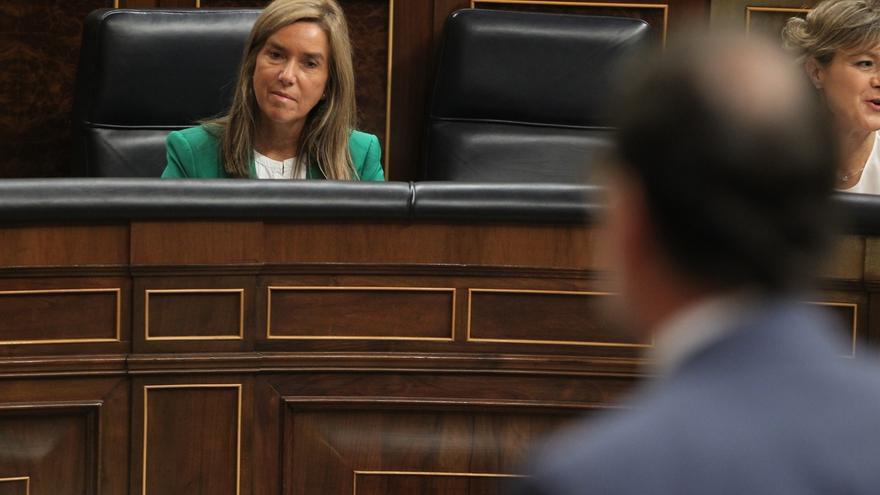 IU-ICV a Rajoy: Perderá toda su credibilidad si mañana acude al Congreso con Mato aún en el banco azul