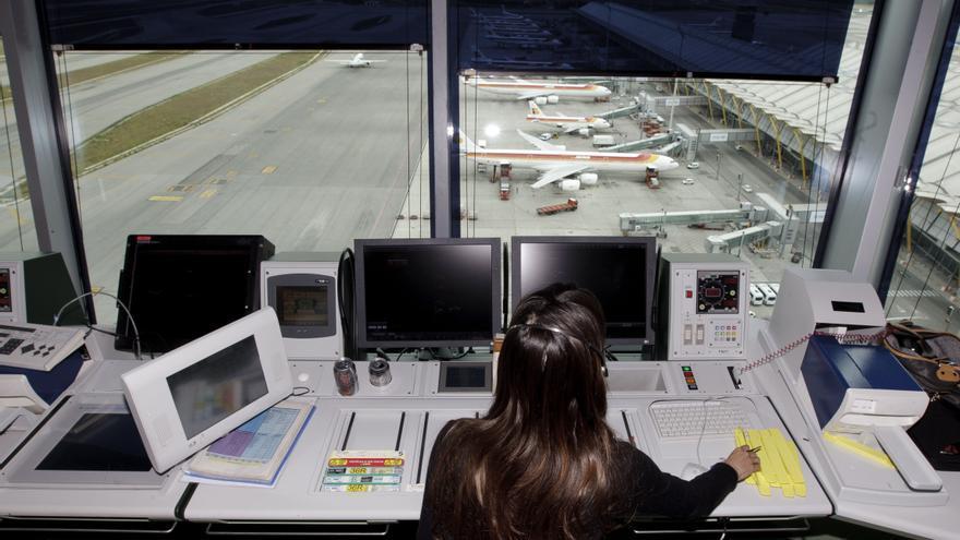 Solo un tercio del tráfico aéreo a España se supervisa directamente por las autoridades españolas