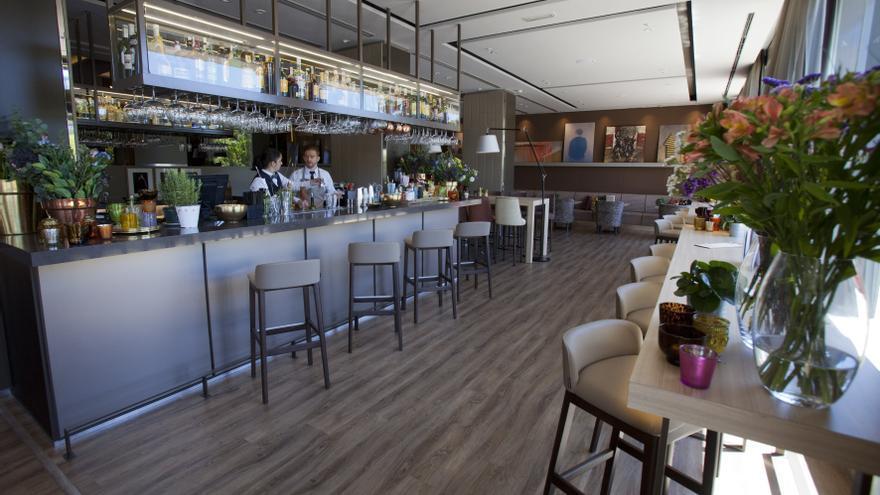 Cafetería del Hotel Málaga Palacio.
