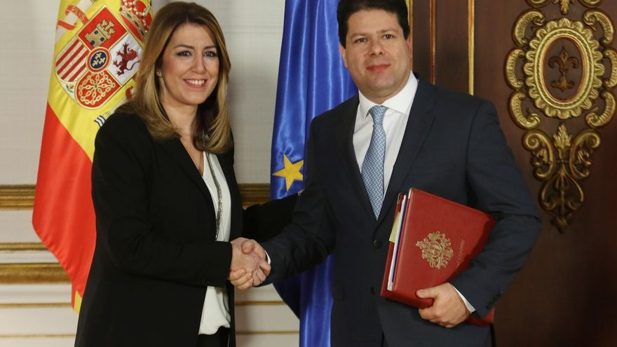 """Junta y Gibraltar abren etapa de colaboración y trabajo conjunto para hacer del Brexit una """"oportunidad"""""""