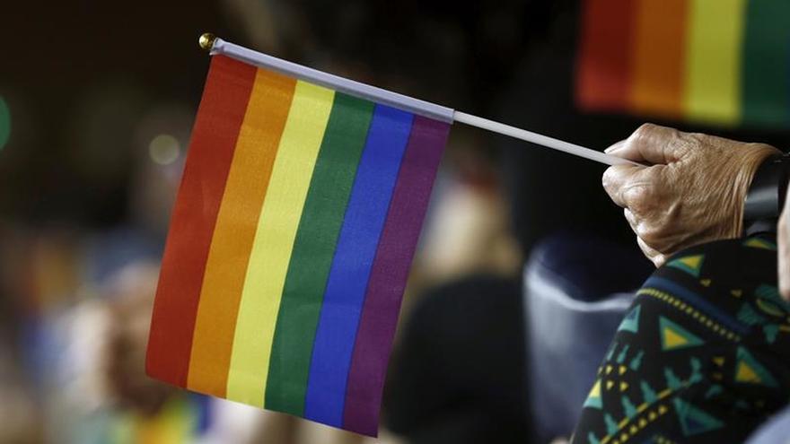 ONG y sindicatos exigen aprobar de forma urgente la ley de Igualdad LGTBI