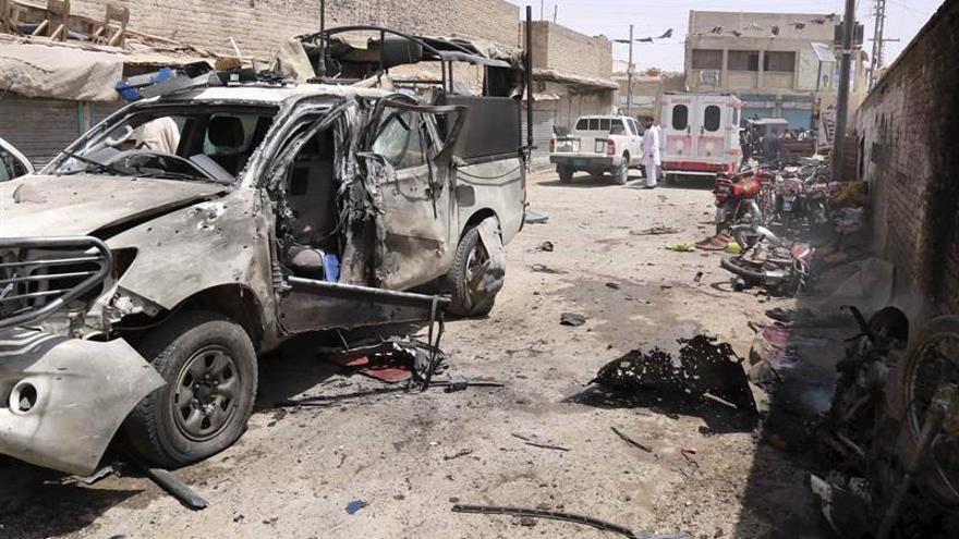 Al menos 11 muertos y 30 heridos en un atentado con bomba en Pakistán