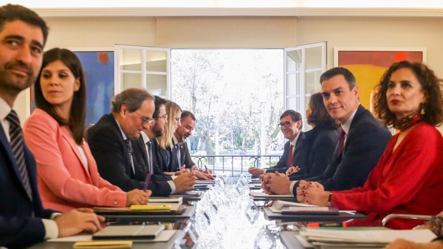 Reunión de la mesa de diálogo Gobierno-Generalitat en febrero.