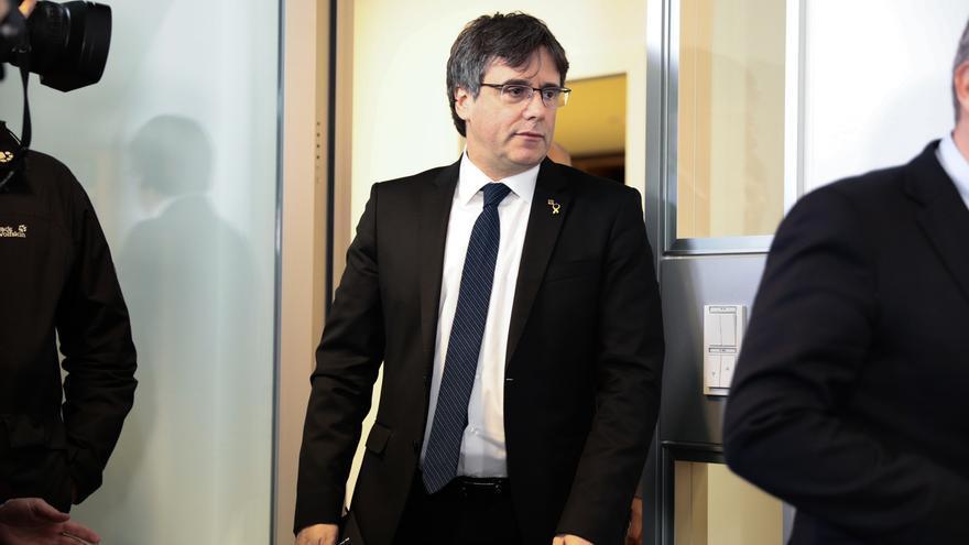 """Puigdemont ve el juicio como una """"prueba de estrés para la democracia española"""""""