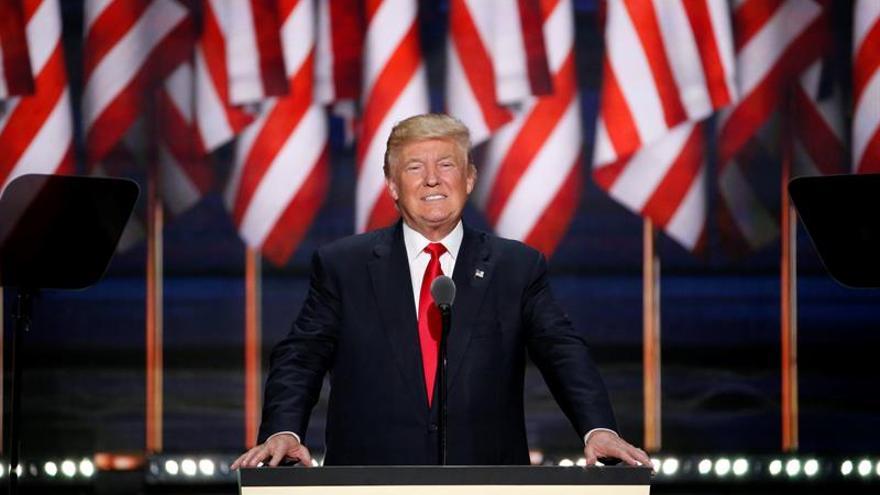 Trump dice que no le gusta tuitear y que lo hace para contrarrestar a la prensa