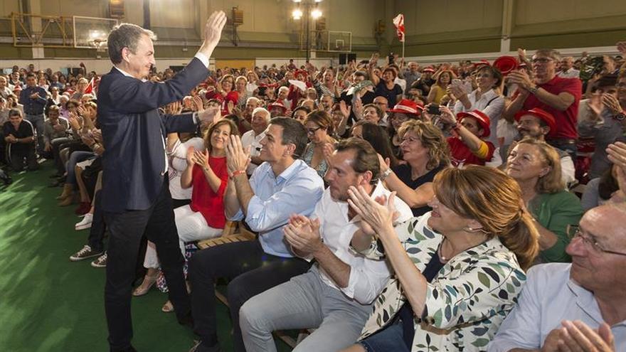 """Zapatero dice que el elogio de Iglesias es """"respeto y reconocimiento"""" al PSOE"""