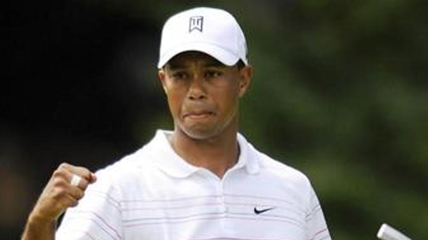 Tiger Woods, lider del 'Tour Championship'