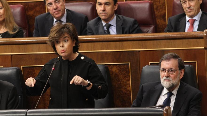 Santamaría acusa a los Comunes de romper con el PSC en Barcelona para gobernar Cataluña con los independentistas