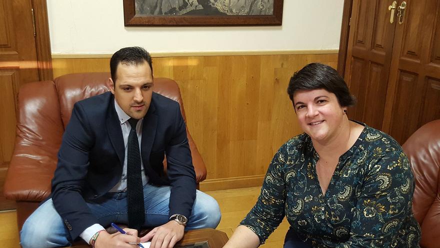 En la imagen, Jonathan Felipe y Ascensión Rodríguez.
