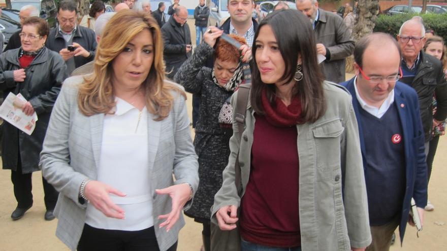 """Susana Díaz (PSOE) afirma que los catalanes """"no merecen"""" depender de la asamblea de la CUP"""