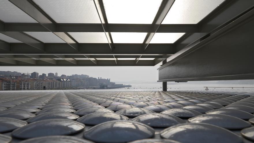 270.000 piezas de cerámica recubren los dos edificos del Centro Botín. | Enrico Cano