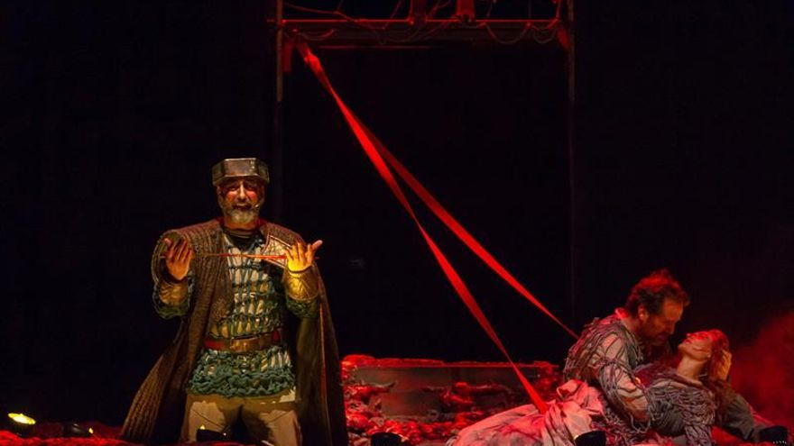Las carcajadas y el vodevil hacen acto de presencia en las ruinas de Cáparra