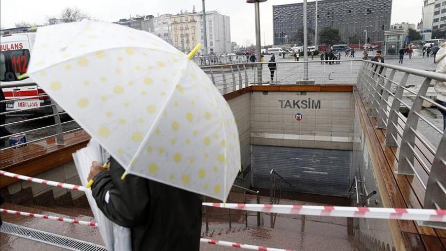 Cinco heridos por una bomba casera cerca de una estación de metro en Estambul