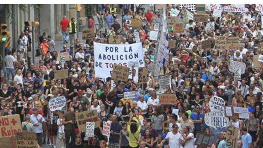Marcha en contra de la masificación y los alquileres vacacionales, Barcelona.