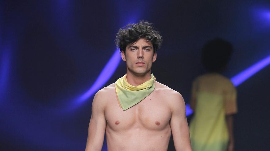 Los modelos lucieron tonos de la Cascada de Colores.