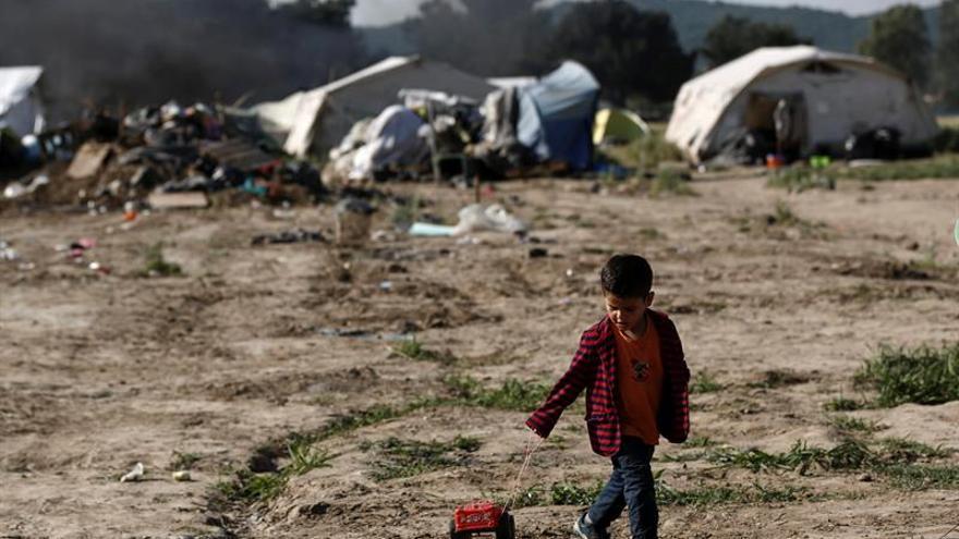 Grecia desmiente que haya comenzado el desalojo del campamento improvisado del Pireo