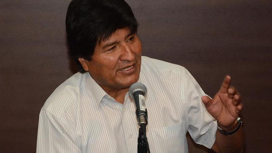 Evo Morales viaja a Cuba de emergencia para tratarse un problema en la garganta