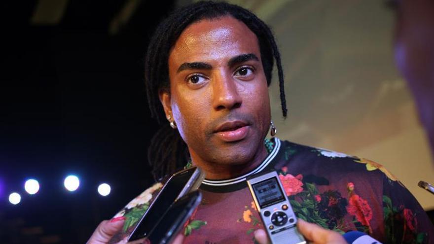 """""""Me quitan el sueño"""" la escasez y la pobreza de Cuba, dice Yotuel de Orishas"""