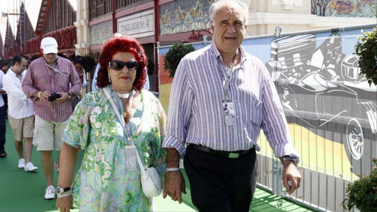 Consuelo Císcar junto a su marido, Rafael Blasco, en el circuito urbano de Fórmula 1 de València en una imagen de archivo.