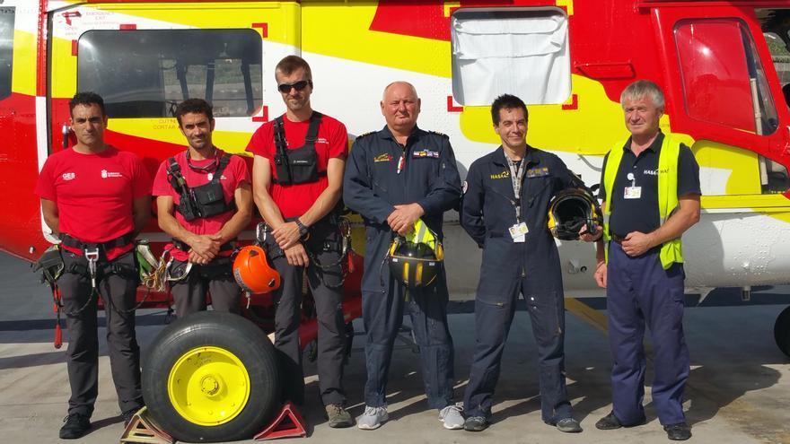 De izquierda a derecha, Adrián, David, Tomás, Casimiro, Jaime y Zbyszek. Foto: LUZ RODRÍGUEZ.