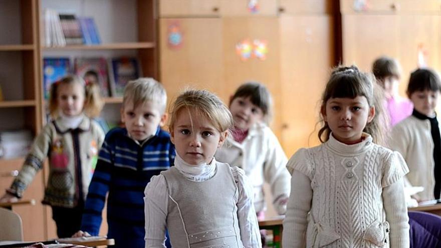 Cientos de escuelas en el este de Ucrania, seriamente afectadas por el conflicto