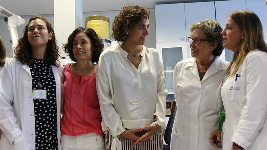 El Gobierno anuncia un plan para reforzar la Agencia Española de Medicamentos