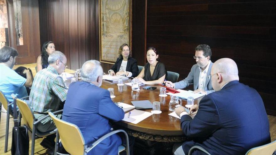 El Gobierno de Canarias reinicia con sindicatos y empresarios el diálogo sobre la concertación social (Carlos González)