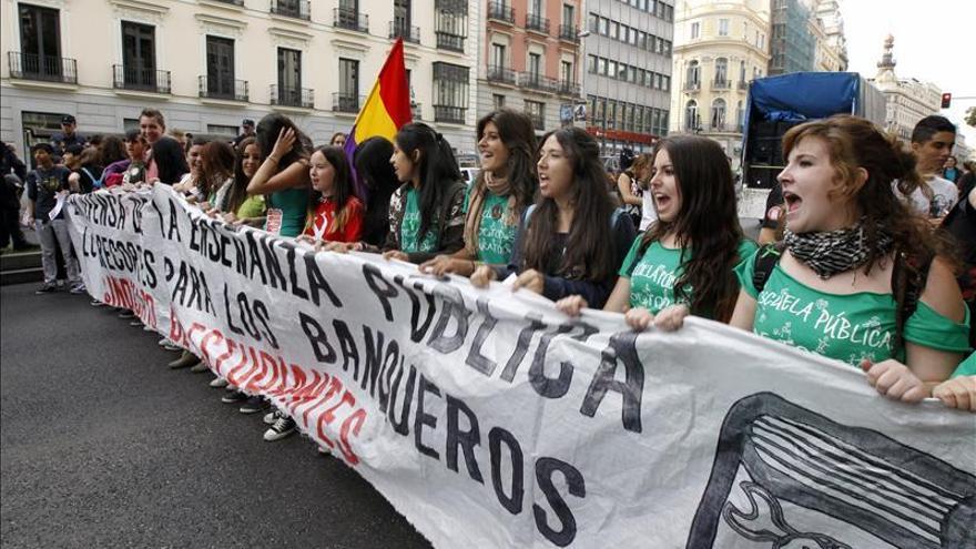 """La Escuela Pública saca la """"Marea Verde"""" a la calle durante todo junio"""