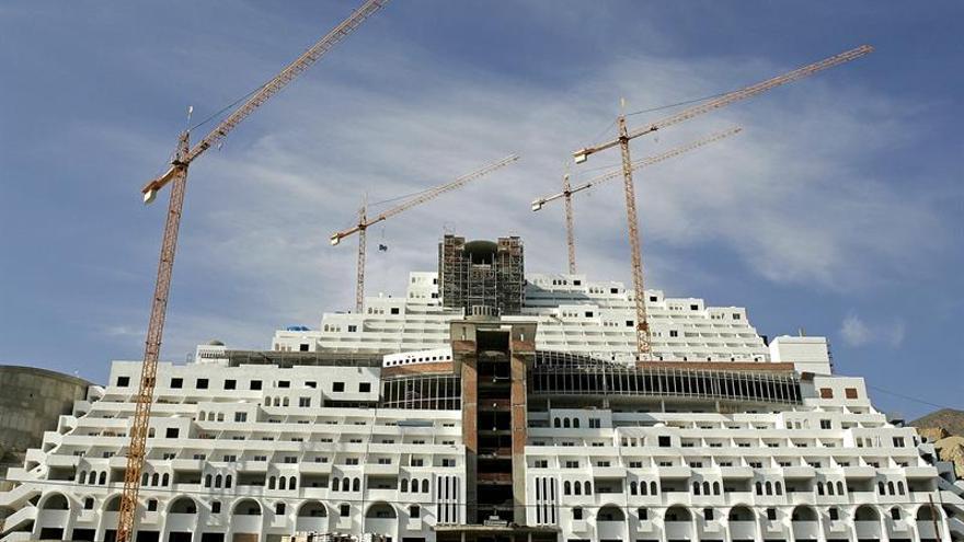 El Tribunal Supremo falla que el hotel Algarrobico se construyó sobre terreno no urbanizable