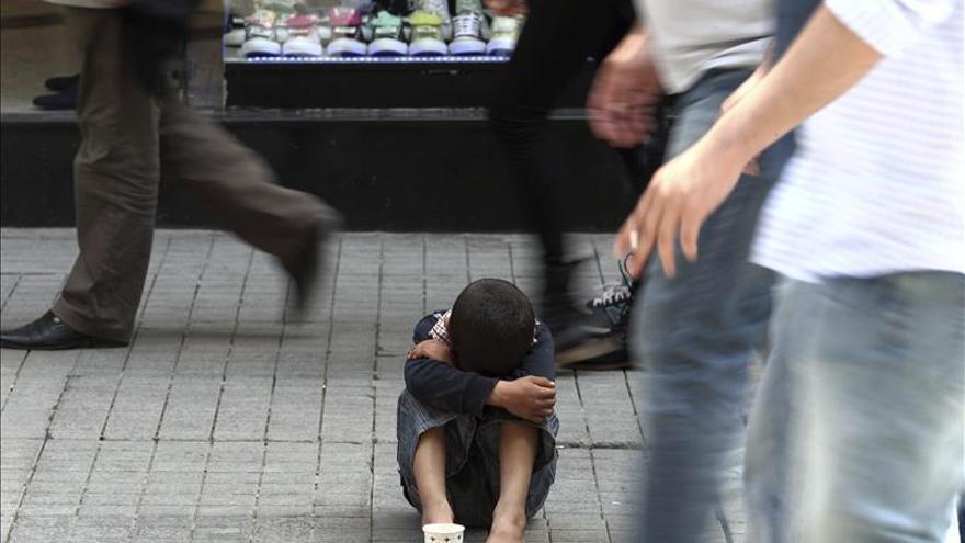 13,6 millones de españoles están en riesgo de pobreza, 3,2 en un nivel severo