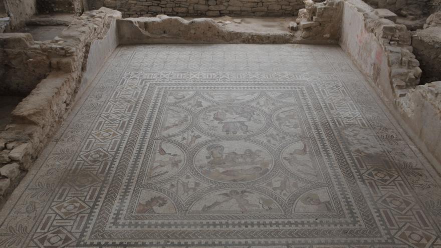 El 'Mosaico de los Amores', en el conjunto arqueológico de Cástulo.