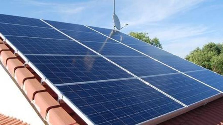 Placa solar doméstica / Monsolar.com