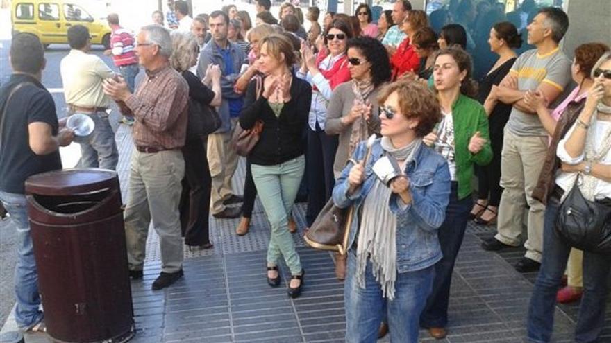 De protestas de funcionarios en LPGC #9