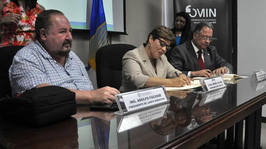 El BID otorga crédito para financiar sectores productivos rurales en Honduras