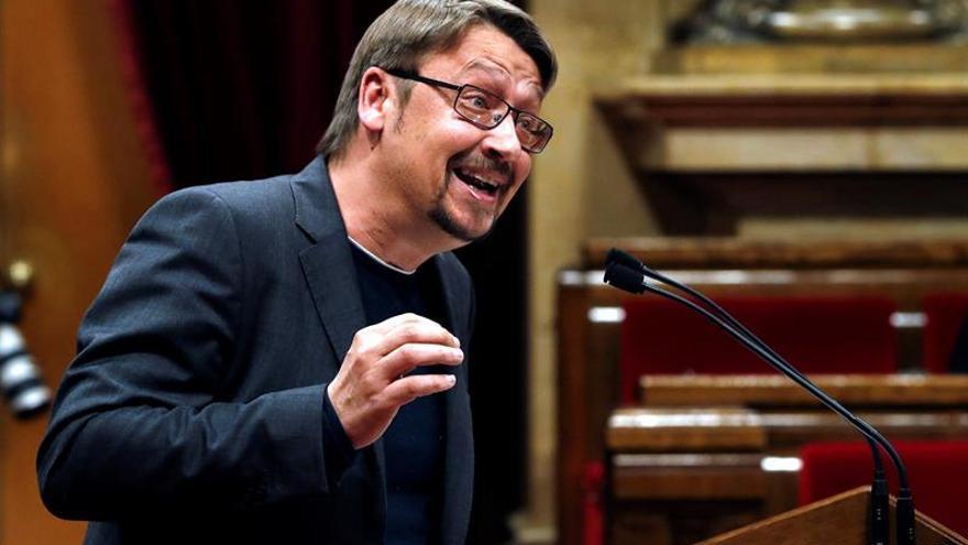 """Domènech llama a formar un """"frente democrático"""" que vaya desde la CUP al PSC"""
