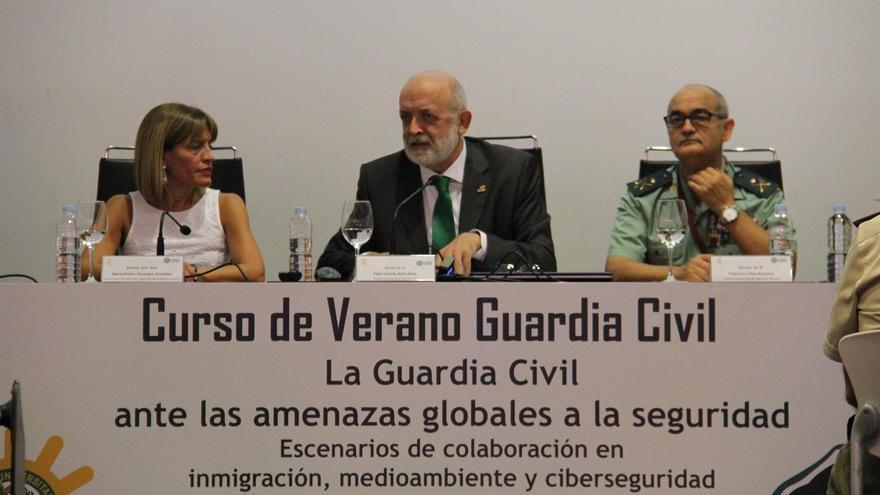 Inauguración de las jornadas de la Guardia Civil en Tenerife