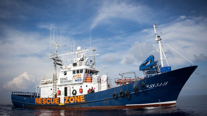 El barco Aita Mari
